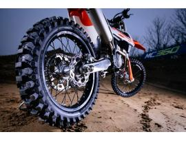 Metzeler MC360 Off Road Tyres